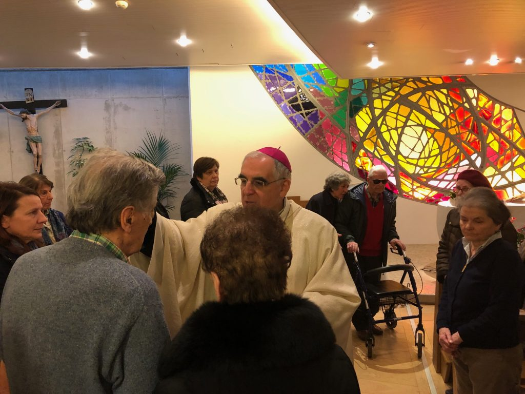 Trento, ospedale S. Chiara, 11 febbraio 2020 - s. Messa arcivescovo Lauro Tisi in occasione della Giornata del Malato