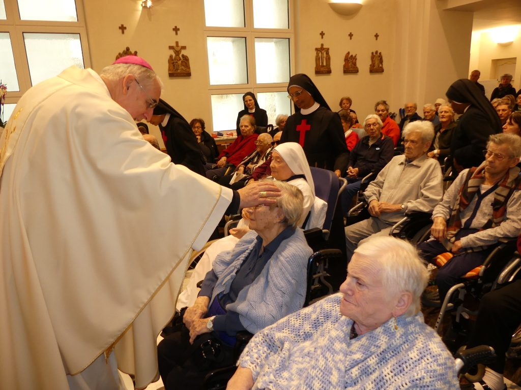 Domenica 2 febbraio 2020 - Arcivescovo di Trento Lauro Tisi celebra s. Messa all'ospedale cittadino San Camillo